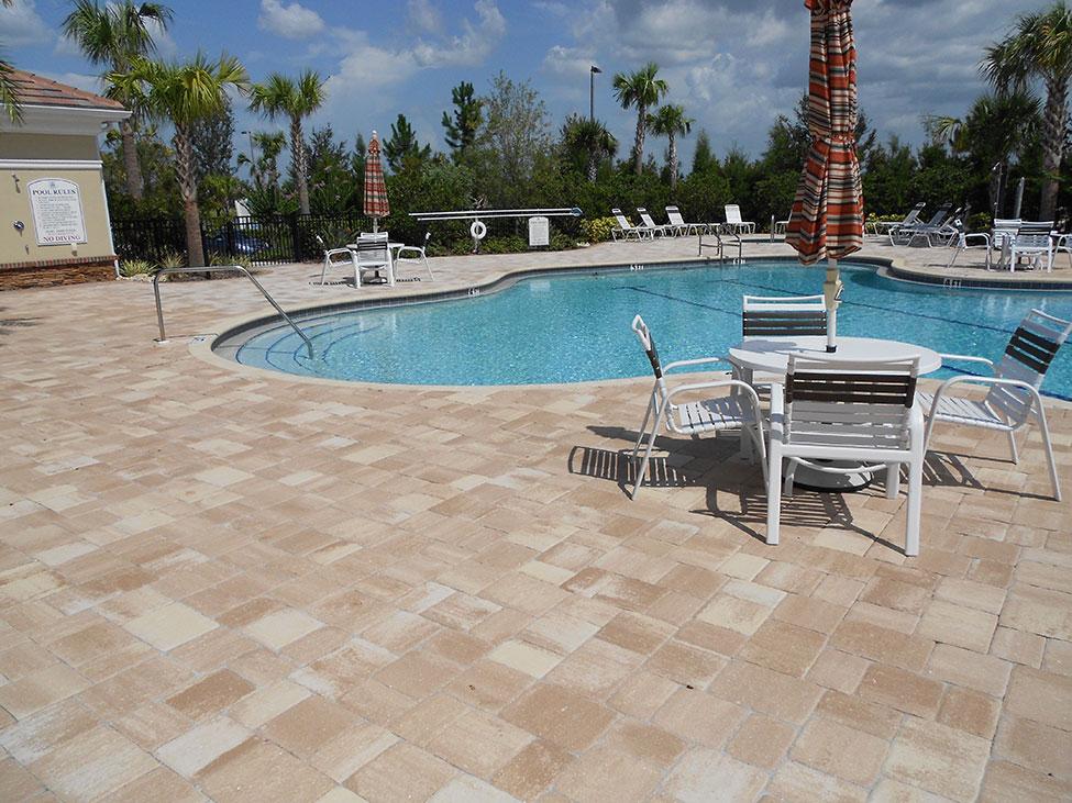 Florida pool deck pavers magnificent pool decks 2017 for Florida pool and deck