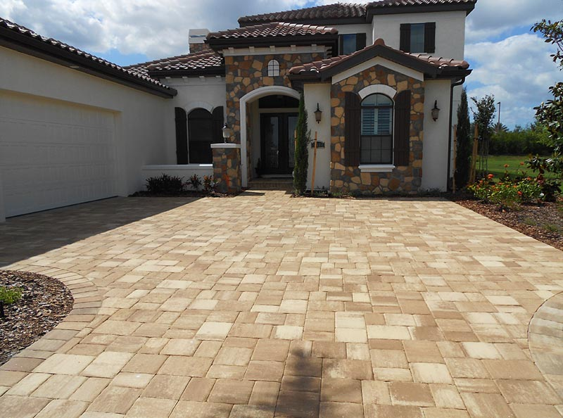 tremron mega olde towne cappuccino paver driveway