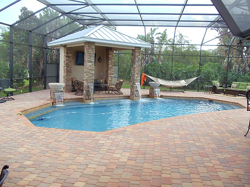 Tremron olde towne heritage pool deck for Florida pool and deck