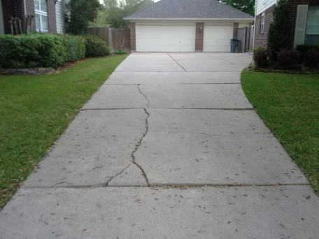 Driveways miami driveway paver experts at florida for How much does it cost to have a foundation poured